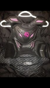 ICON STRYKER VEST FIELD ARMOUR. Pink logo on chest and back.   S