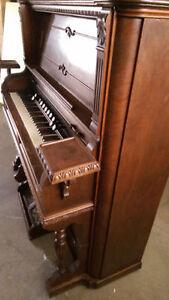 Antique Pump Organ late 1800's