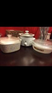 Medium sized crock pot and two baking dishes; great condition