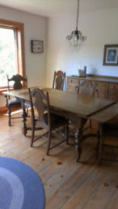 1925 REITZELS ANTIQUE DINING SET - REDUCED