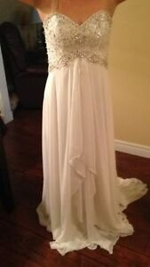 wedding dress 450.00 never used St. John's Newfoundland image 1