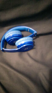 Beats Solo HD In Blue color