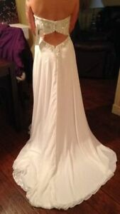 wedding dress 450.00 never used St. John's Newfoundland image 2