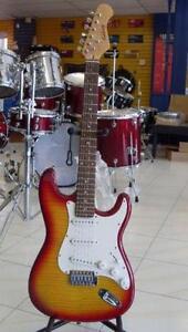 AUBAINE Guitare électrique usagée ASHBURY strat
