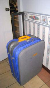 "Quality large 26"" extendable Suitcase Luggage w/code lock,wheels"