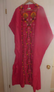 ASA Kaftan dress with beautiful embroidery, size M, excell. cold Kitchener / Waterloo Kitchener Area image 2