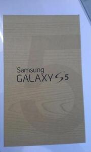 Brand New!!! Samsung S5, Unlocked, all networks including Wind + Warranty