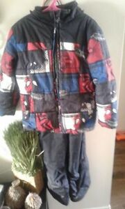 Spiderman Size 6 snowsuit $25.00 good condition London Ontario image 1