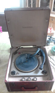 Admiral Portable Stereophonic Turntable