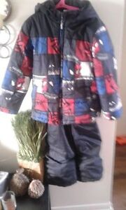 Boys size 7 Spiderman Snowsuit in great condition $30.00 London Ontario image 1