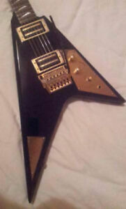 Want to Buy Ibanez RR1000 Flying V (1984/1985)