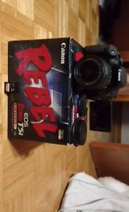 Canon EOS Rebel t5i +18-55mm IS STM lens kit + accessories