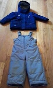 Disney 'Mickey Mouse' 2-piece Snowsuit (Size 2T) **never worn!** Windsor Region Ontario image 1