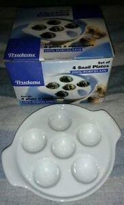 Ensemble de 4 plats à escargot en porcelaine blanche Trudeau