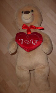 NEW with tags Valentine's stuffies, other Valentine's items $3 Kitchener / Waterloo Kitchener Area image 5
