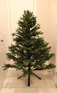 5 Foot Christmas Tree & Stand