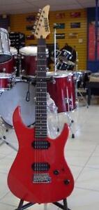 AUBAINE Guitare électrique usagée YAMAHA RGX120d