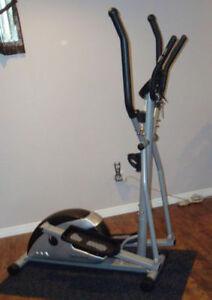 elliptique cardio style et 150 comme neuf 140$ferme pas négo