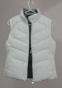 Brand new Women's Nike Down Vest, Two side color White and grey
