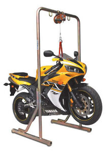 RENT THIS LIFT STAND TO CHANGE YOUR REAR TIRE $50 PER WEEK Kitchener / Waterloo Kitchener Area image 3
