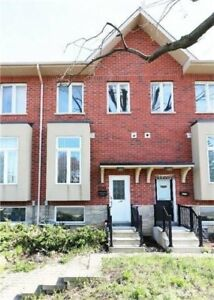 Fantastic 3Br W/Finished Basement Freehold Townhouse. Desirable