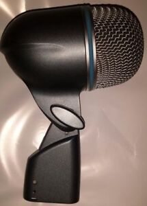 Shure Beta 52a kick drum mic Great Condition (PRICE REDUCED)