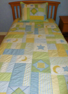 "* KIDSLINE * Monterey Single Quilt & Sham * 68"" Wide x 86"" Long"