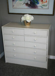 Multi-drawer timeless white wooden dresser pls call to inquire Kitchener / Waterloo Kitchener Area image 1