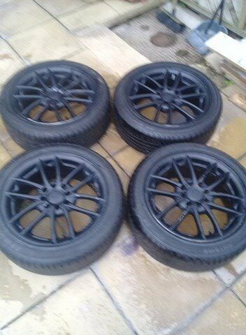 set of 4 alloy wheels.universal 15 INCH
