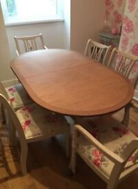 Stunning dining table and 6 chairs REDUCED BY £45