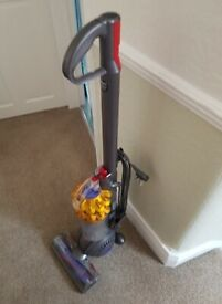 Dyson DC50 Vacuum Cleaner (Bagless)