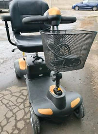 Mobility scooter folds excellent