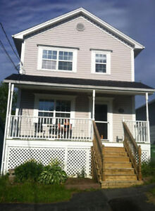 AVAILABLE AUGUST 1  BRIGHT & CLEAN 3 BEDROOM IN SACKVILLE
