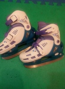 Adjustable Tinkerbell skates size 13-2.5