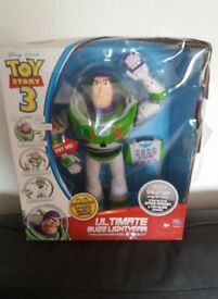 "Toy Story 3 Ultimate Programmable Buzz Lightyear Collectable 16""tall. new in box"