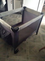 Avalon Playpen - Excellent Condition  ~ Delivery Included.