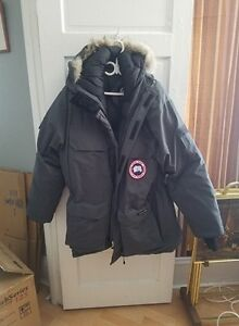 Men's Canada Goose Expedition Jacket (brand new)