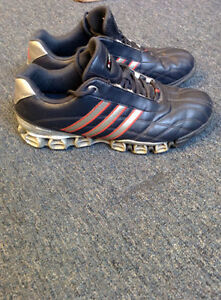 ***** ADIDAS SHOES PERFECT CONDITION CLEAN SIZE 9.5 *****