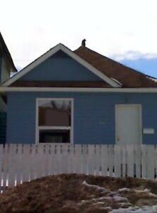 3 BR House Available, on Victor