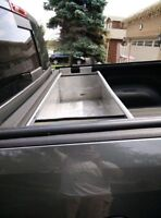 Tool storage and still keep your Tonneau feature