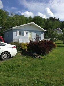 Summer Cottage for Rent by the week Sunday noon to Saturday noon
