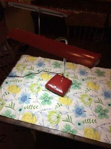 """""""2"""" FANTASTIC MID CENTURY RETRO """"CANDY APPLE RED"""" LAMPS"""