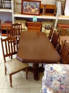 DINING TABLE AND Chairs @ HFHGTA Vaughan