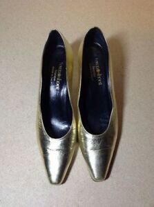 Town Shoes brand metallic leather heels - size 8.5 Cambridge Kitchener Area image 6