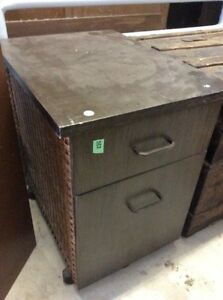 vintage filing cabinet on wheels Peterborough Peterborough Area image 2