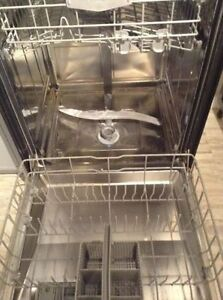 Bosh Stainles S.Discwasher,Jen Air flat cooktop White,Guarantee Kitchener / Waterloo Kitchener Area image 5