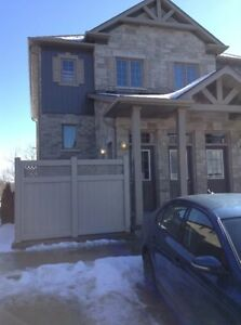 Beautiful, brand new 1 bdrm unit in excellent location.