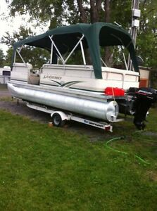 2004 Legend 20ft pontoon boat with trailer and motor