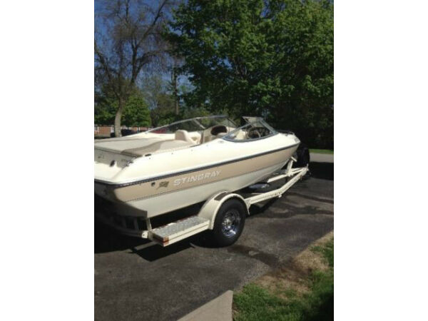 Used 2002 Stingray Boat Co 180LX