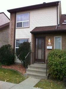 FREE MNTH GREAT VALUE! 4 Bdrm by Century Prk LRT, UofA dwntwn